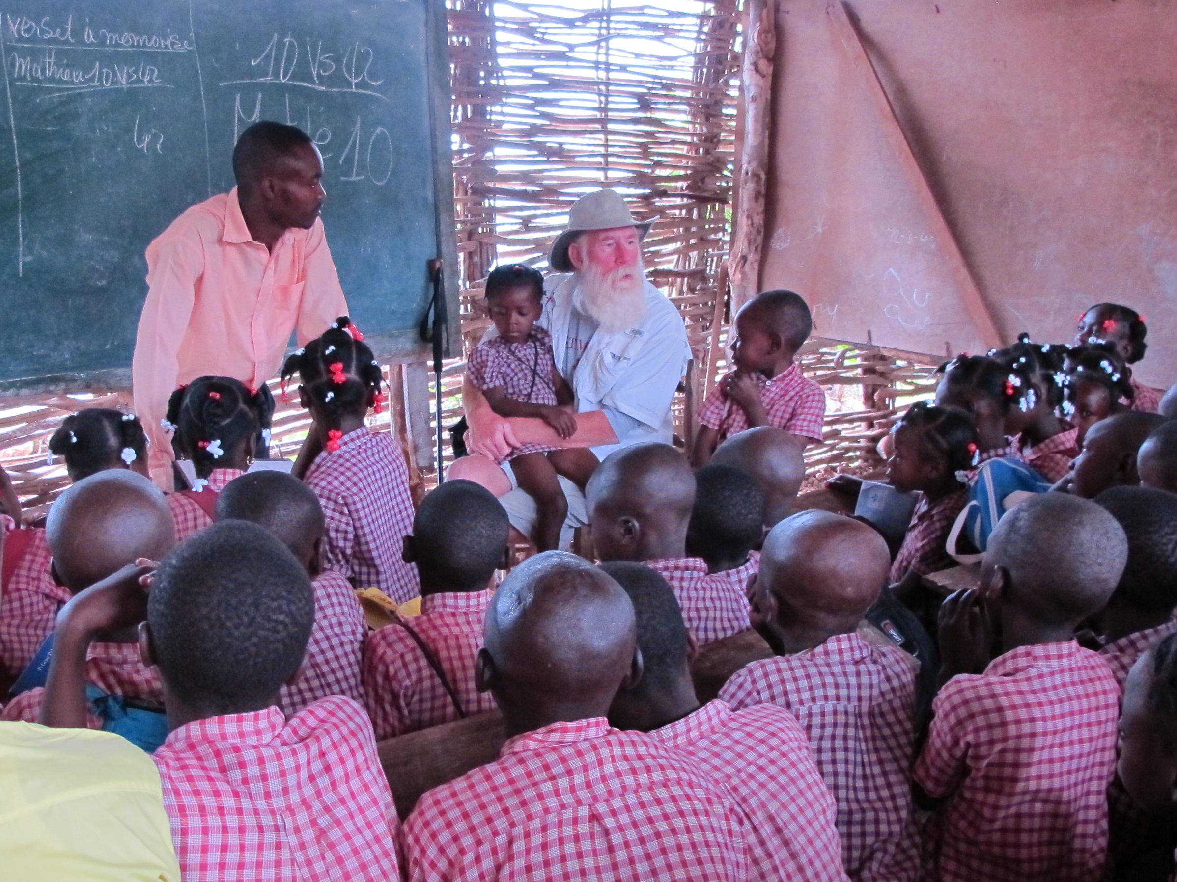 Bill talking to the Pelerin school children.